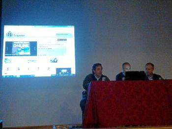Presentación de la nueva aplicación informática para el uso de las instalaciones deportivas en Trigueros.