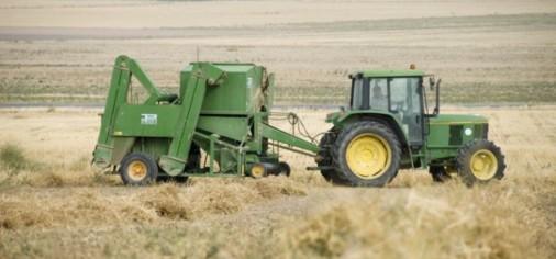 m_141111-tractores_tcm7-352637_noticia-685x320