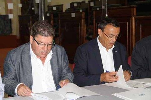 firma convenio pfea 2015 trigueros 02