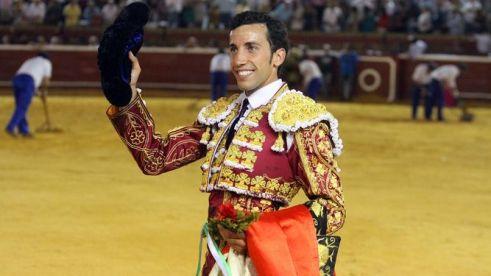diestro-David-Miranda-plaza-Huelva_1230187458_82424356_667x375